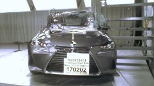 2017款雷克萨斯IS NHTSA侧杆碰撞测试