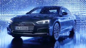 新奥迪A5 Coupe 前脸采用向下坡线设计