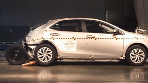 2017款丰田卡罗拉 NHTSA后侧碰撞测试