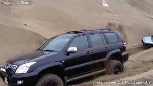 丰田FJ VS Land Cruiser Pra