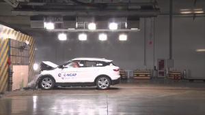 C-NCAP碰撞测试 众泰T700 1.8T DCT尊贵型获5星