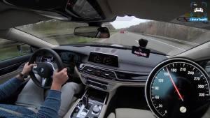 V12太狂了!2018 宝马 M760Li 德国高速狂飙320kmh