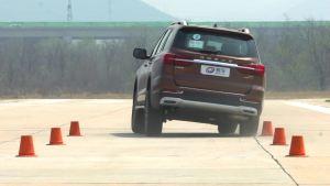 荣威RX8超级评测高速躲避障碍物测试