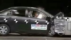 2006款丰田卡罗拉 日本自動車事故対策機構碰撞测试