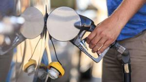 网传德国弃用乙醇汽油,因动力不足伤车?官方:假的