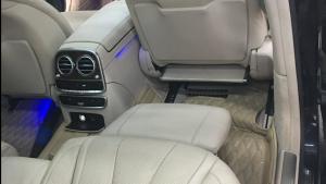 奔驰S400后排躺椅脚拖展示