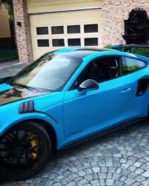 土豪的新保时捷GT2 RS