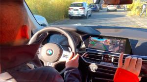 全新BMW X5自动泊车功能展示 真自动 全程什