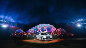 尽显王者本色重塑级别标杆全新BMW X5耀然上市
