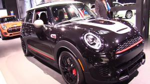 MINI John Cooper Works Knights特别版,激进动感的