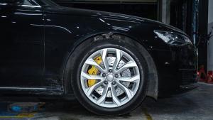 奥迪A6L改装德国TEI Racing S60大六刹车套装