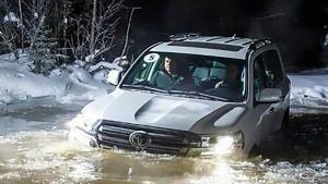 有车哪里够用?雨季来临时,水陆两栖车才是正确选择