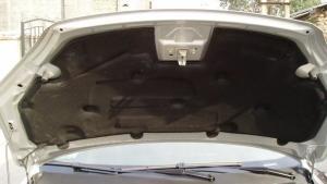 真没想到,原来发动机舱内的隔音棉不是用来隔音的