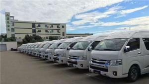 丰田海狮9座商务面包车 外观低调 内饰奢华