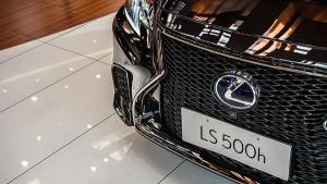 百万级最具艺术感的豪车 雷克萨斯LS500h实拍