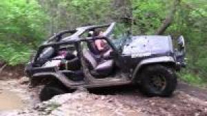 谁说女司机不能越野, 驾驶爆改Jeep牧马人走野路子