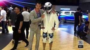 小白&Swug亲自带你逛北京车展,各种新车速递看到爽