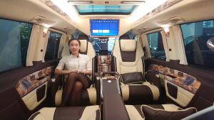 北京车展后首次亮相的奔驰商务车!新功能让安全系数