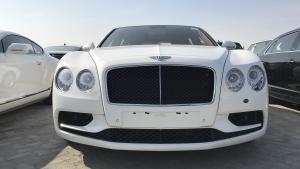 18款宾利飞驰V8S现车 低调掩不住的奢华贵族人士的选