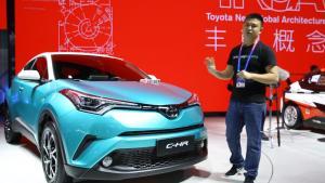 """丰田首款小型SUV CH-R,销售套路抄袭""""飞度""""?"""