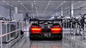 纯手工装配全球限量500台的迈凯伦塞纳的生产过程