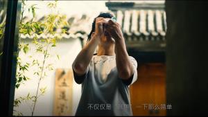 旅行圈超火的80后北京爷们,用一个相机把色彩玩出了