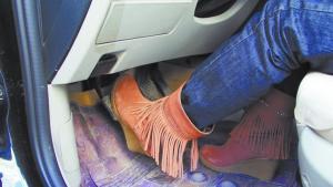 紧急踩刹车对车有什么危害?车主亲身经历,刹车系统
