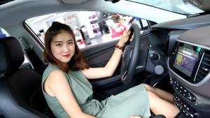 女主持人看车中意传祺GA4,连总经理都说这是年轻首选