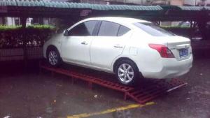 台风山竹吹开车主的脑洞!防止车被水淹各出奇招