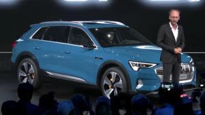 直击旧金山奥迪首款纯电动汽SUVe-tron全球首发