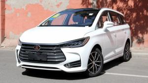 五六万块就能买,这三款车的实用性完爆同价位SUV