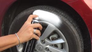 【五号60秒】轮胎泡沫清洗剂真的管用吗?