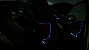 珠海改装氛围灯,锋程车改丰田RAV4荣放无损加装光导8色氛围