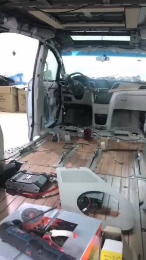 改个车:别克GL8雅典娜大包围改装,霸气!