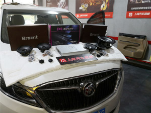 西安别克GL8音响改装升级隔音降噪施工过程及调音效果