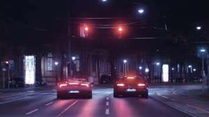 奔驰AMG GT R vs 兰博基尼Huracan 飙车