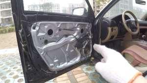 如何自己动手更换车窗升降机,彻底修复车窗升降卡顿和异响!