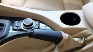 开车忘记放手刹对车有什么危害?这几点要注意