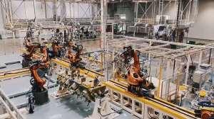 实拍广汽新能源全数字智能生产线