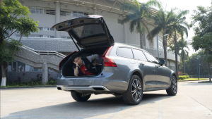 这才是Volvo该有的样子,试19款V90 CC