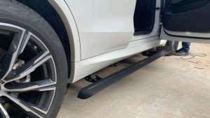 宝马X5电动踏板,19款X5安装电动踏板好看多了