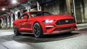 为什么Mustang卖得好,道奇挑战者却不行?告诉你原因