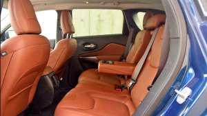 不止越野性能突出,Jeep自由光的座椅舒适也是亮点!