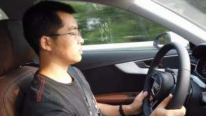 王工高速点评奥迪A4L驾驶性能