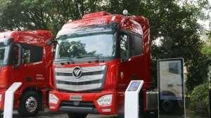 欧曼EST超级卡车,560马力 1300升油箱,配奔驰发动机安全可靠