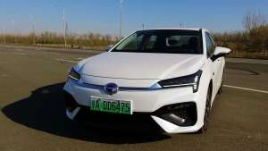 分秒试驾:投国人所好,有国民电动车潜质的广汽新能源Aion S