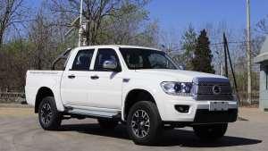 """被誉为国产""""坦途""""!长5652mm,搭载2.5T柴油发动机,才售8.98万"""