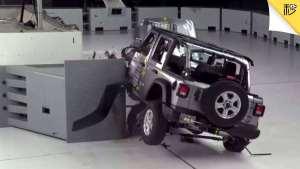 新一代桑塔纳大变样 Jeep牧马人碰撞翻车现场 | 车闻