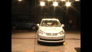 启辰D50 C-NCAP安全测试 侧面碰撞