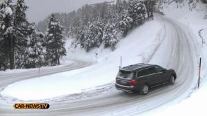 玩转雪地山路!奔驰GL350雪地山路狂飙
